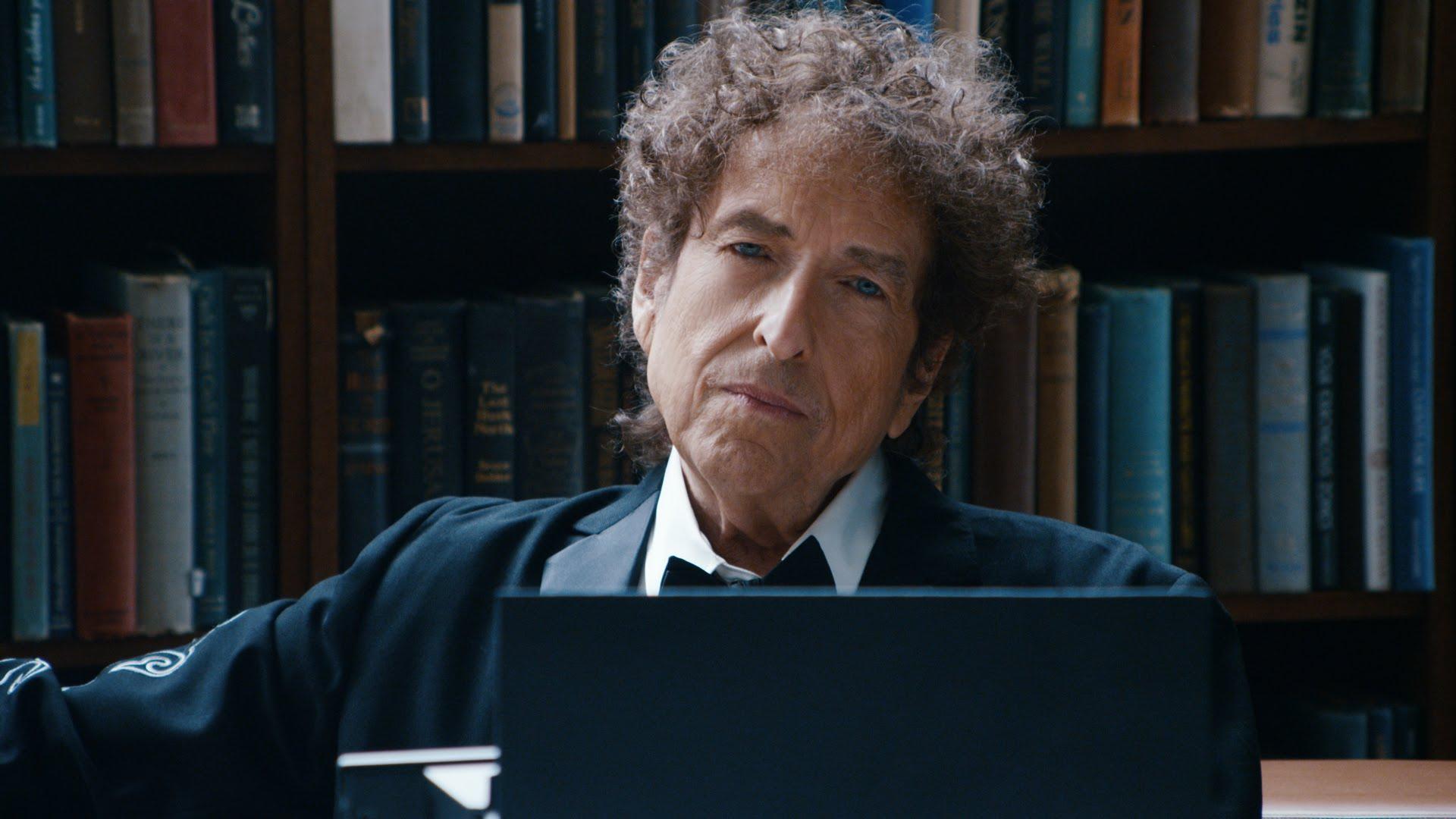 Bob Dylan, il Nobel si tinge di giallo: diserterà la cerimonia?