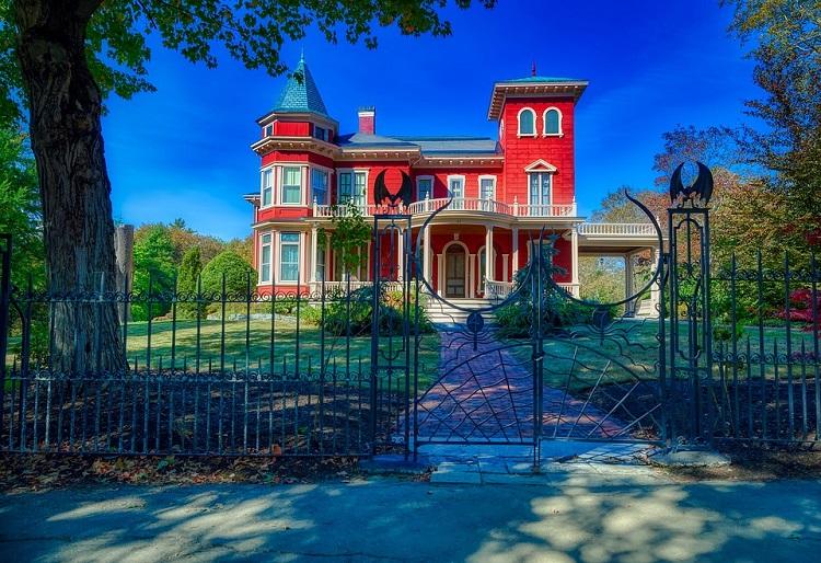 La casa di Stephen King diventerà un rifugio per aspiranti scrittori