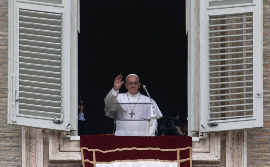 Un libro da leggere ogni giorno papa francesco invita alla lettura della bibbia - Finestra del papa ...