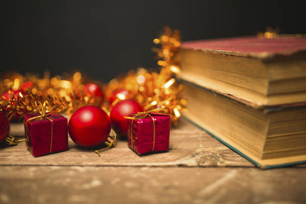 Frasi Natale E Buon Anno.Auguri Di Natale Originali 10 Frasi Di Scrittori Per Augurare Buon