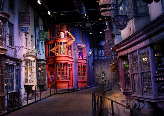 Camera Da Letto Stile Harry Potter : 10 posti da visitare se sei un fan di harry potter